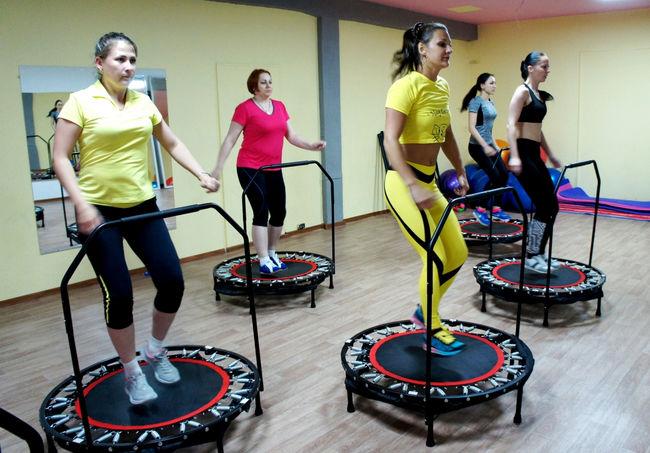Джампинг-фитнес на батутах для похудения